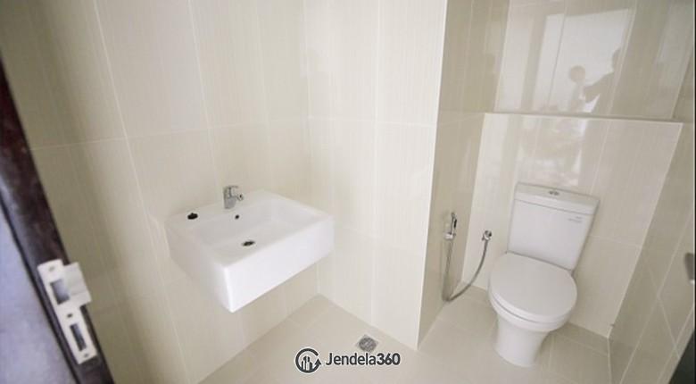 bathroom Neo Soho Residence Apartment