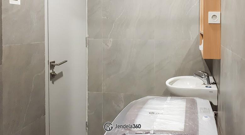 Bathroom Sudirman Park Apartment Apartment