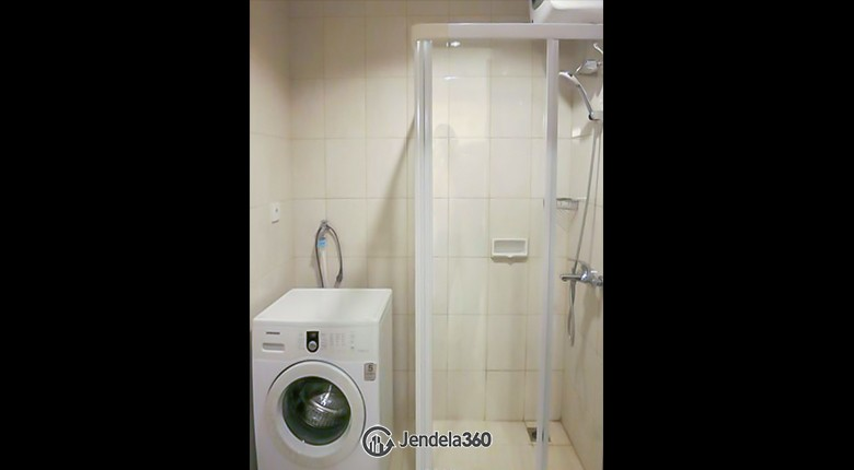 Bathroom Thamrin Residence Apartment Apartment