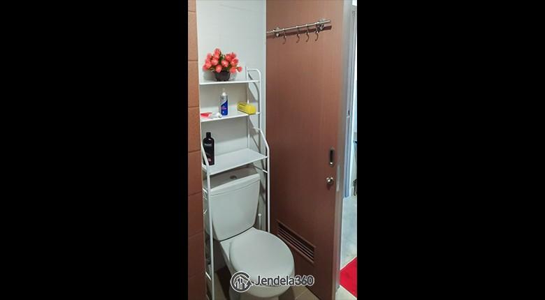 Bathroom Apartemen Puri Orchard Apartment