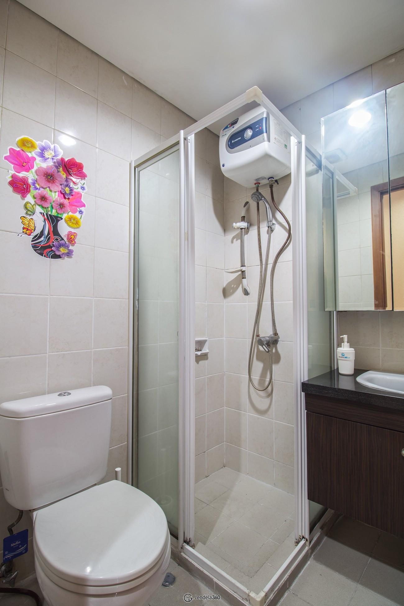 Bathroom Thamrin Residence Apartment Apartment