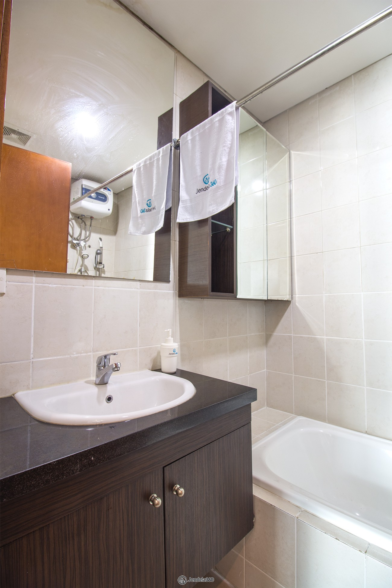 Other Thamrin Residence Apartment Apartment