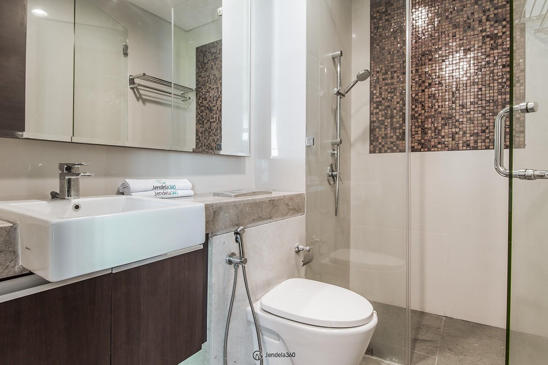 Bathroom Apartemen The Windsor