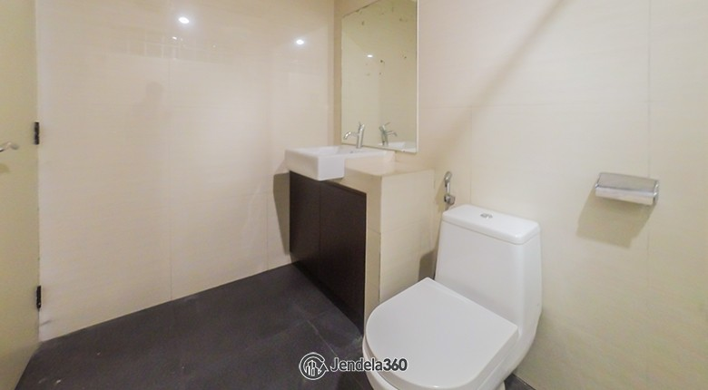 Bathroom Parama Apartment Apartment