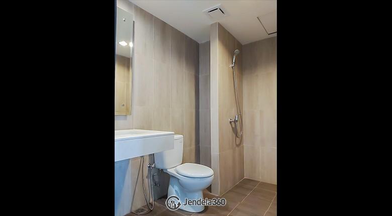 Bathroom Apartemen Irvine Suites Apartment