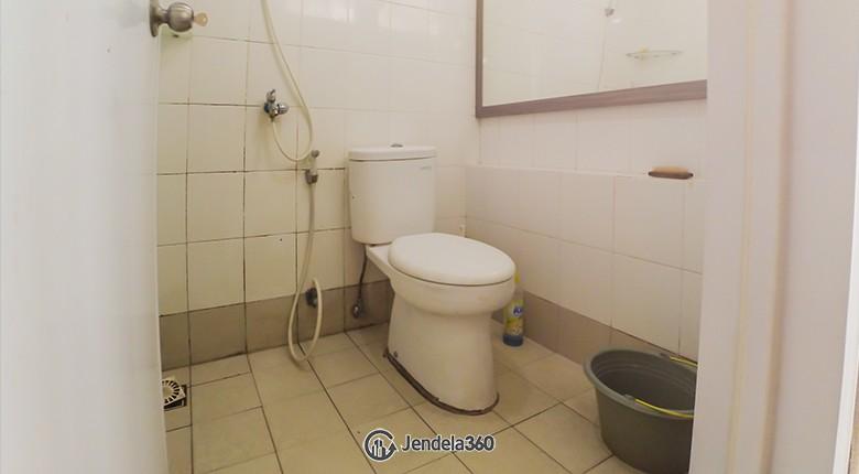 Bathroom Bassura City Apartment Apartment