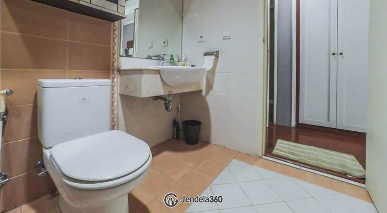 Bathroom Apartemen Gading Resort Residence