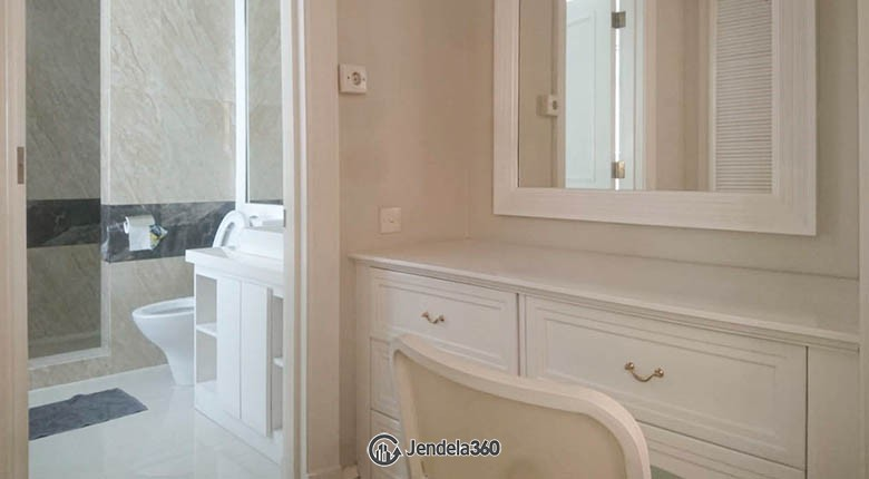 Bathroom Apartemen Menteng Executive Apartment