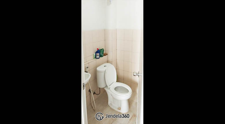 Bathroom Pakubuwono Terrace
