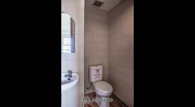 Bathroom Belmont Residence Apartment