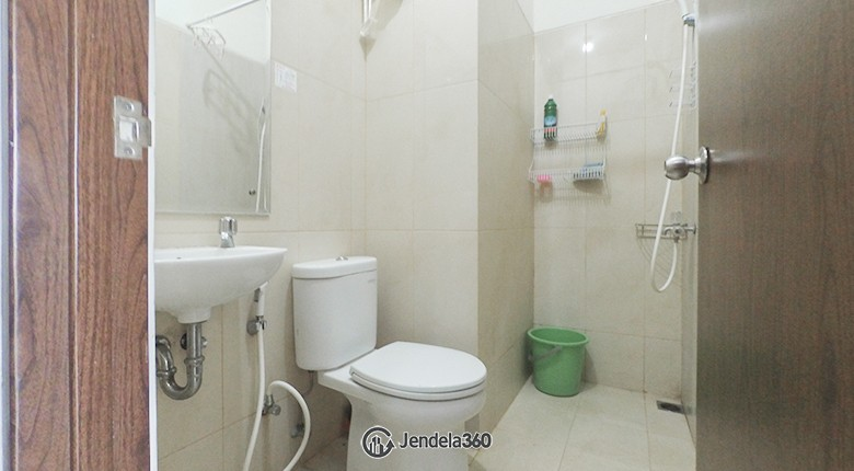Bathroom Northland Ancol Residence Apartment