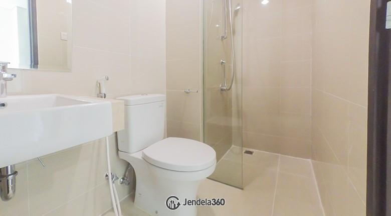 Bathroom Apartemen Puri Mansion