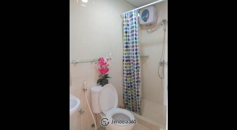 Bathroom Metro Park Residence