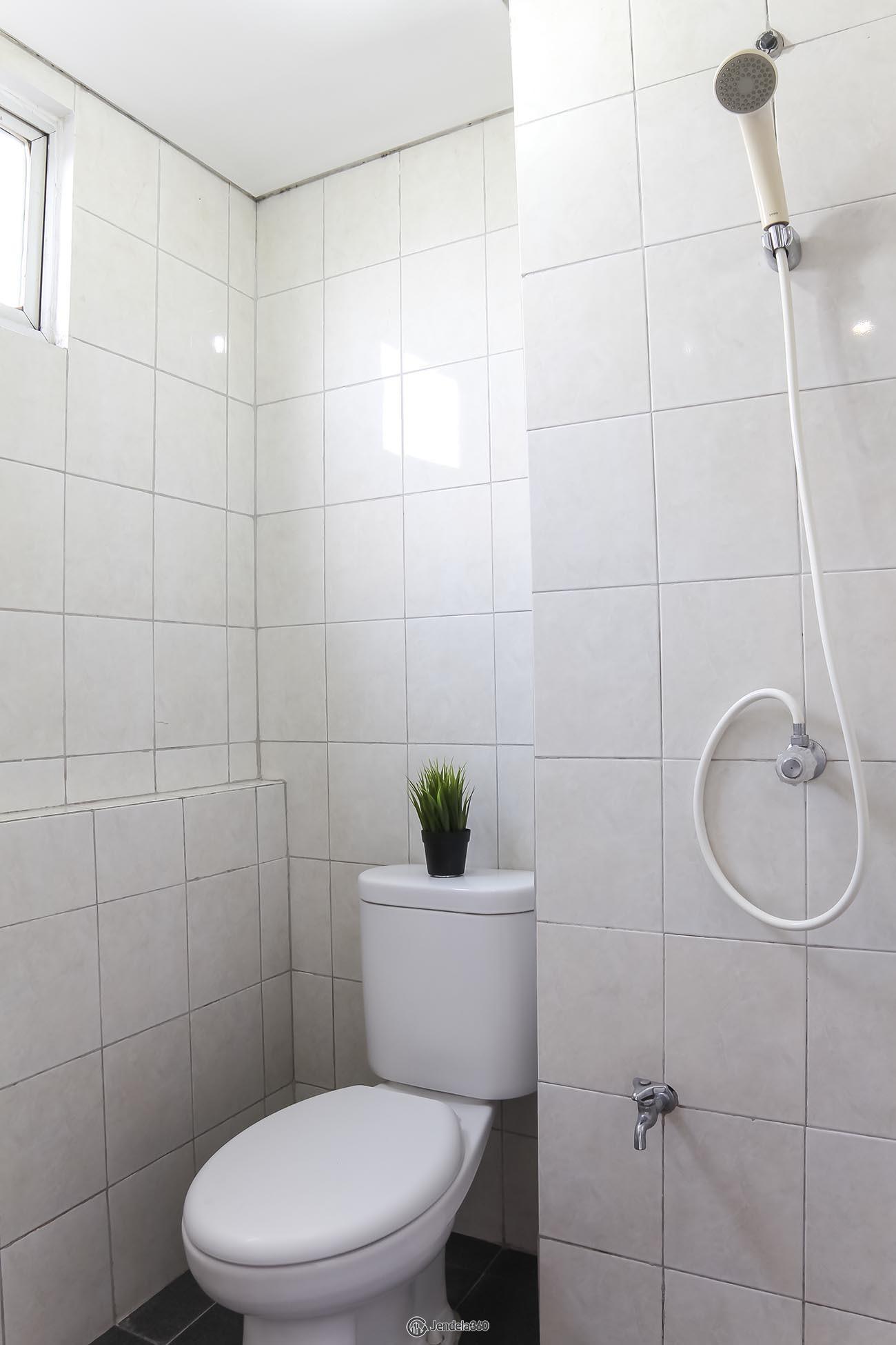 Bathroom Apartemen Bintaro Park View