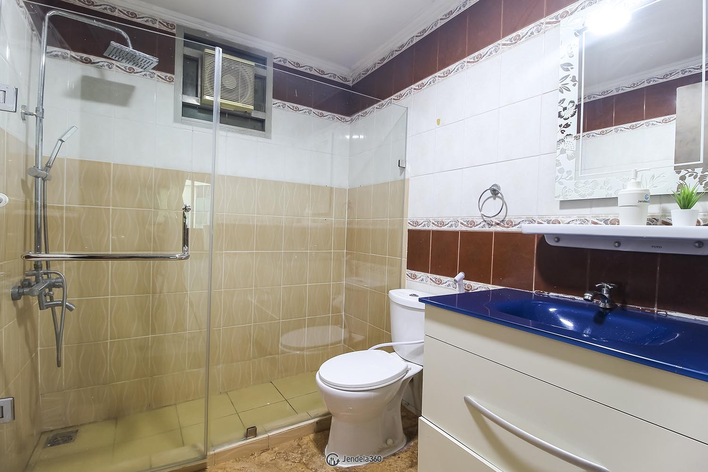 Bathroom Mitra Oasis Residence Apartment