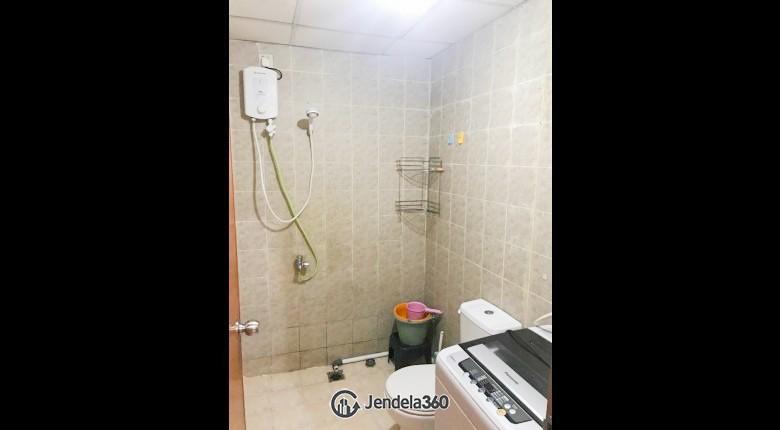 Bathroom Apartemen Salemba Residence