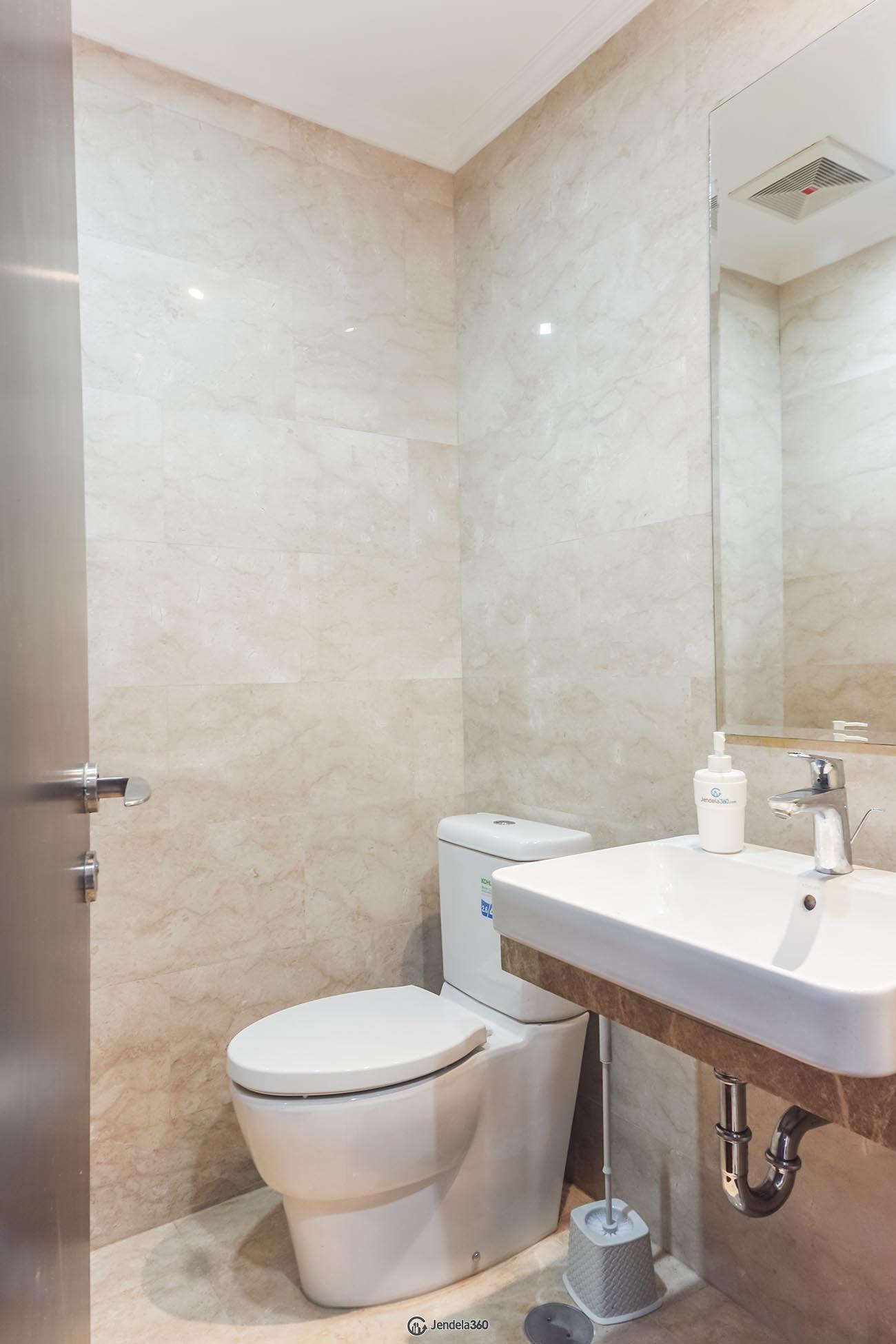 Bathroom Menteng Park Apartment