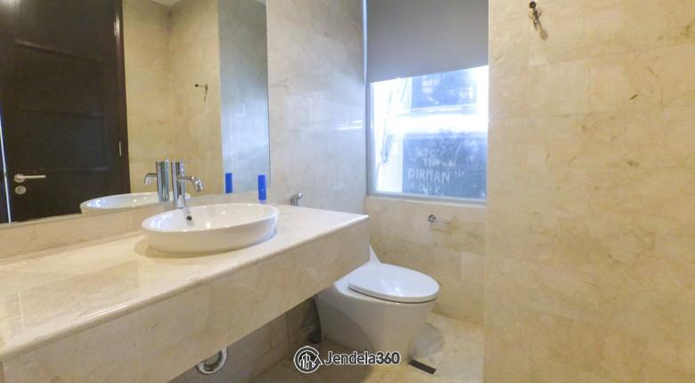 Bathroom Apartemen The Masterpiece Condominium Epicentrum