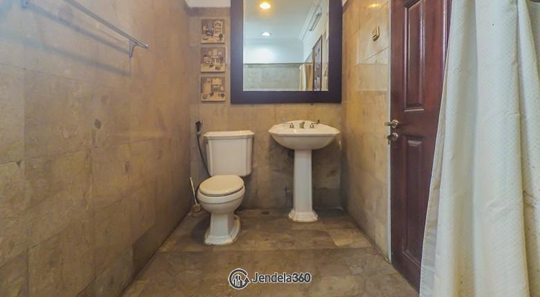 Bathroom Permata Hijau Apartment