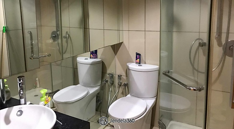 Bathroom Apartemen City Lofts Apartment