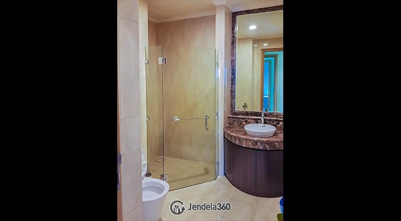 Bathroom Senayan Residence Apartment