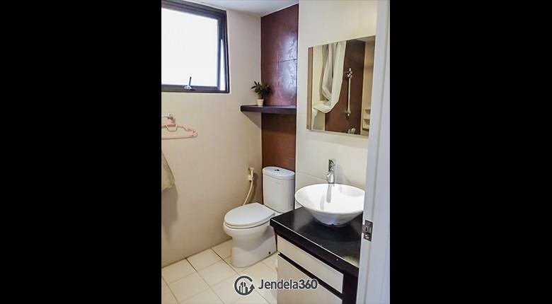Bathroom Taman Rasuna Apartment Apartment