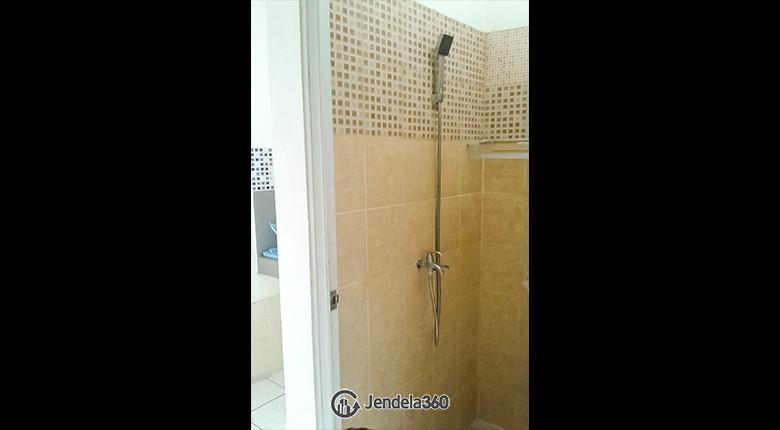 Bathroom Apartemen Menteng Square Apartment