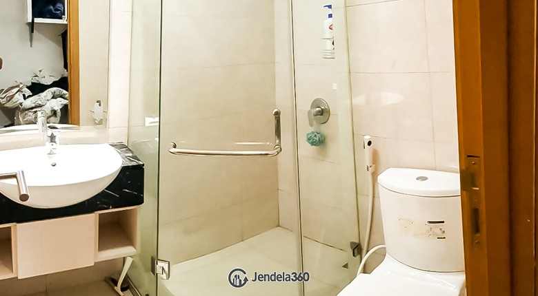 Bathroom The Mansion Kemayoran Bougenville Apartment