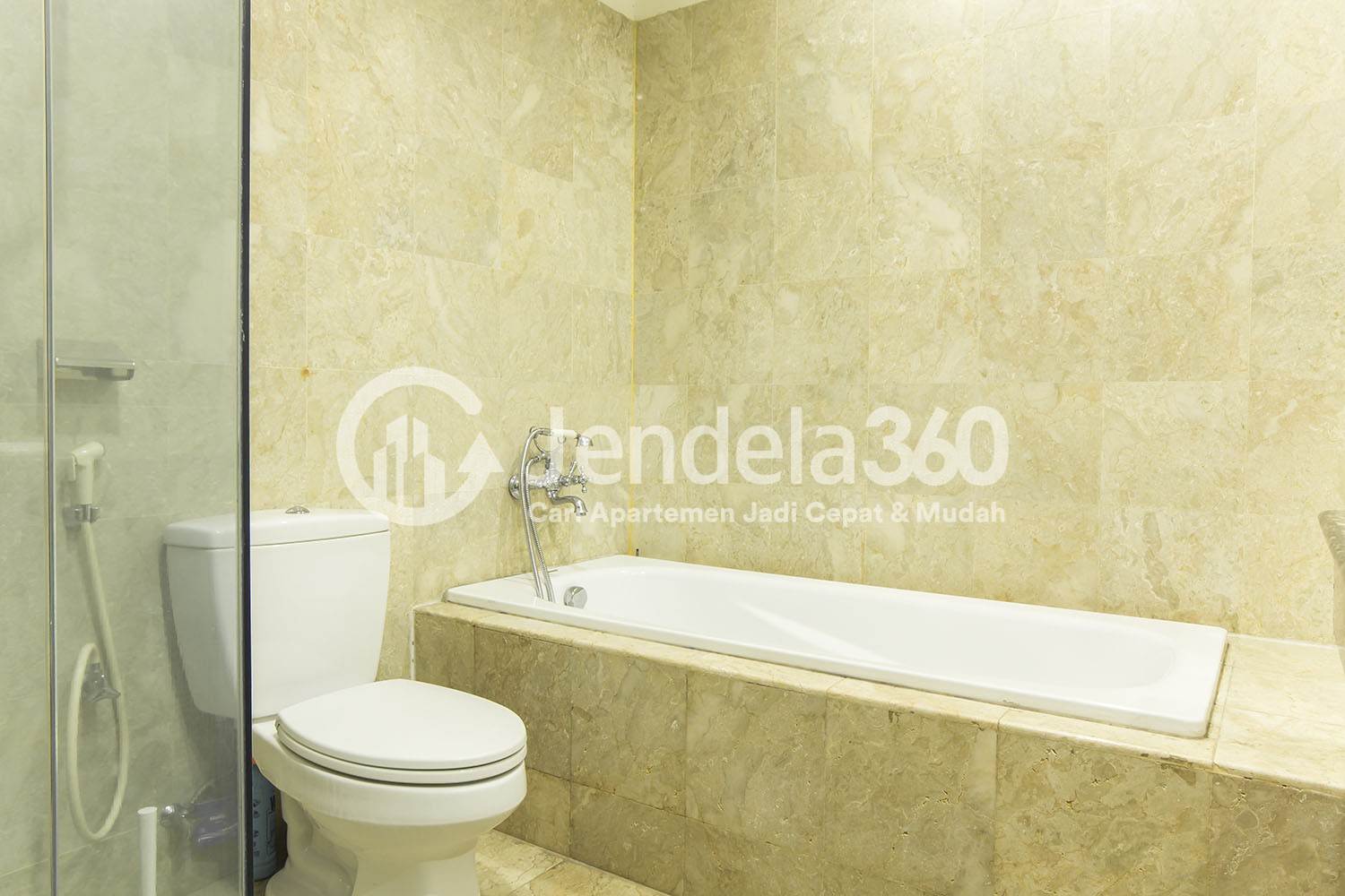 Bathroom Apartemen Belleza Apartment