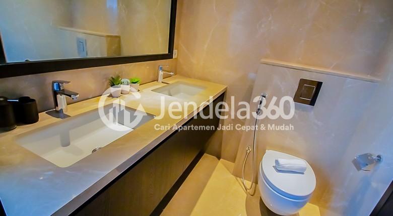 Bathroom Apartemen La Vie All Suites