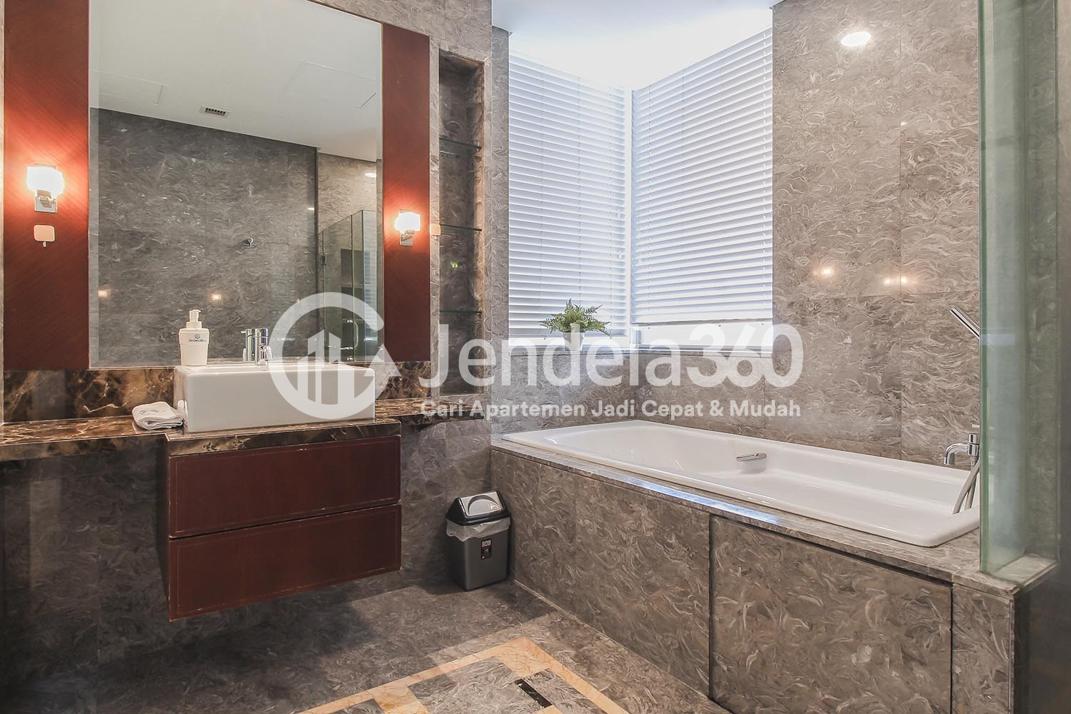 Bathroom Apartemen The Capital Residences