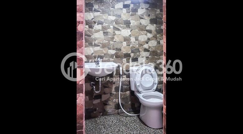 Bathroom Apartemen Sudirman Residence