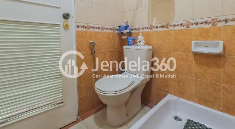 Bathroom Grand ITC Permata Hijau Apartment
