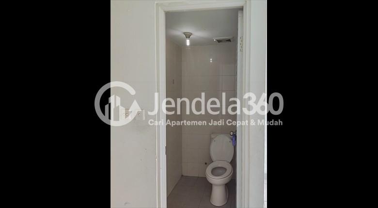 Bathroom Apartemen Kota Ayodhya Apartment