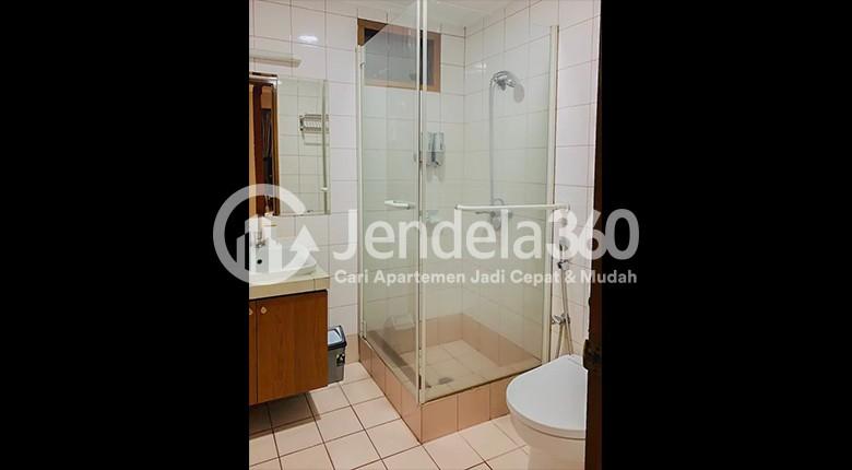 Bathroom Slipi Apartment