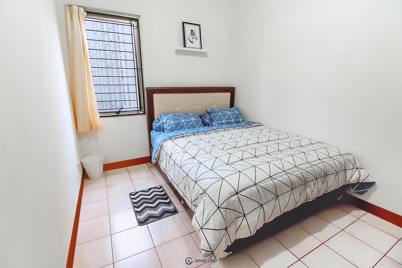 bedroom 1 Apartemen Mediterania Garden Residence 1