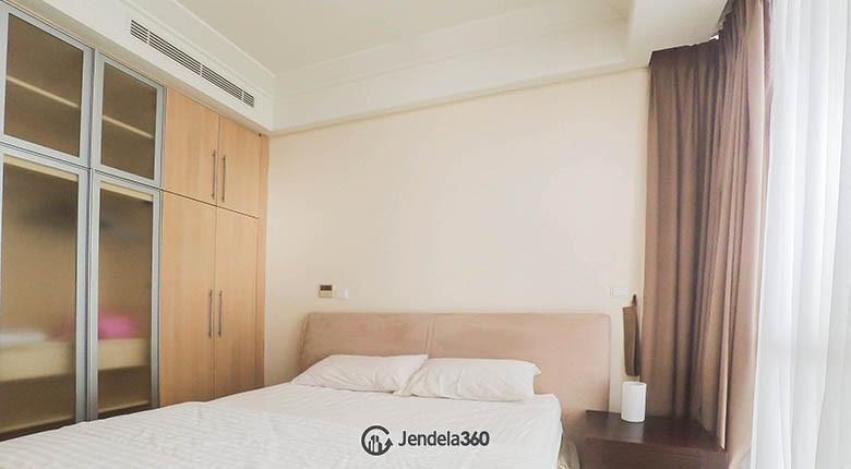 Bedroom 1 Apartemen The Peak Apartment