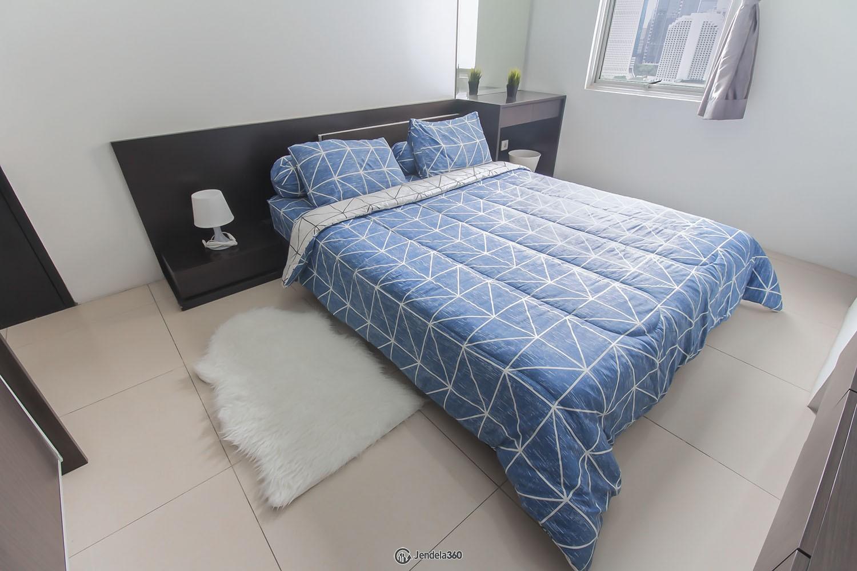 bedroom 1 Apartemen Cosmo Mansion - Thamrin City