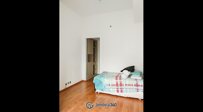Bedroom 1 Season City Apartment Apartment