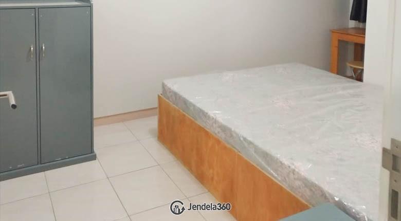 Bedroom 1 Apartemen The Springlake Summarecon