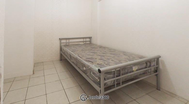Bedroom 1 Apartemen Green Pramuka City Apartment