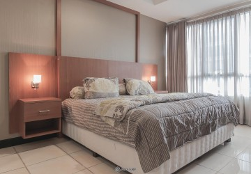 Essence Darmawangsa Apartment 4BR Fully Furnished