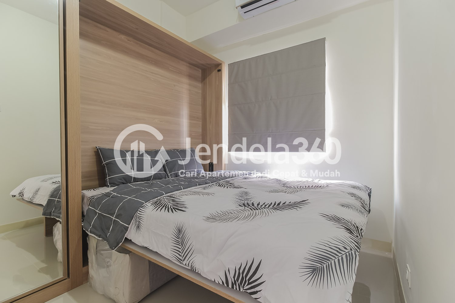Bedroom 1 Apartemen Green Pramuka City Apartment
