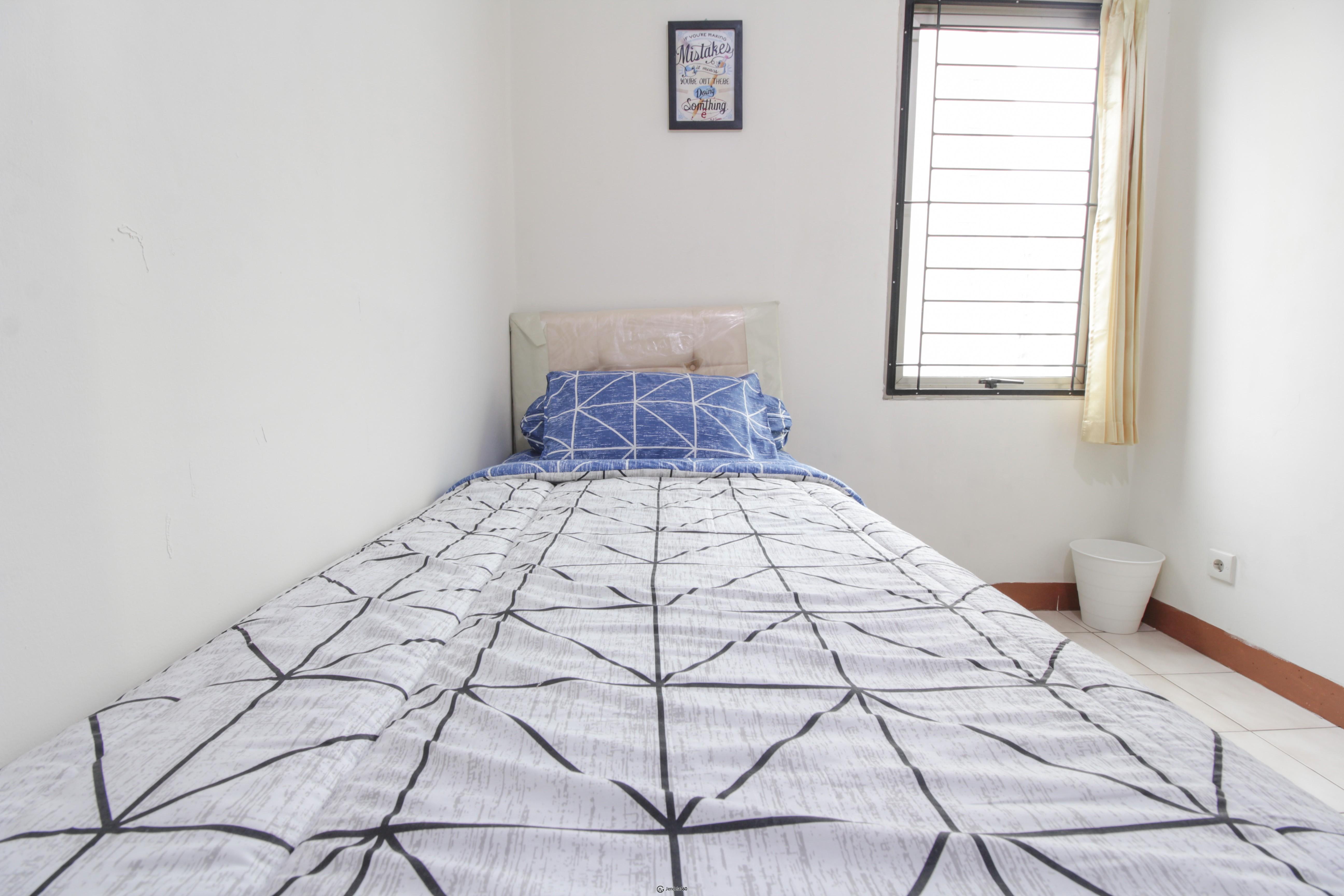 bedroom 2 Mediterania Garden Residence 1