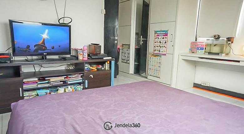 Bedroom 2 Apartemen The Wave Apartment