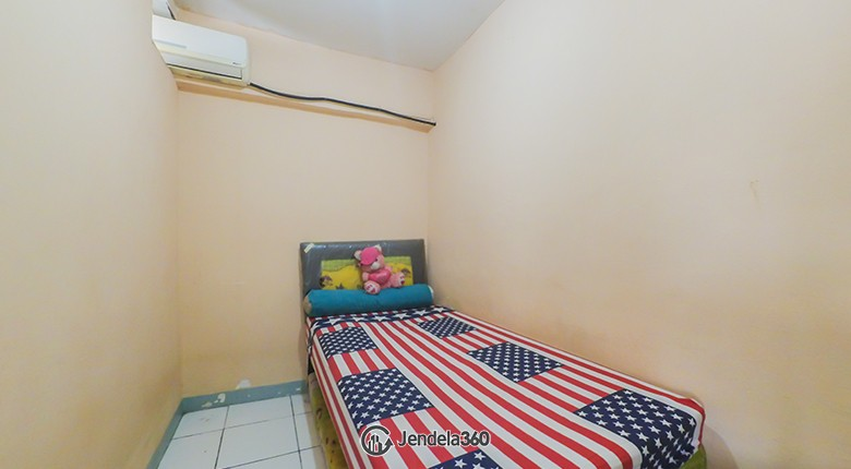 Bedroom 2 Apartemen Gateway Apartment
