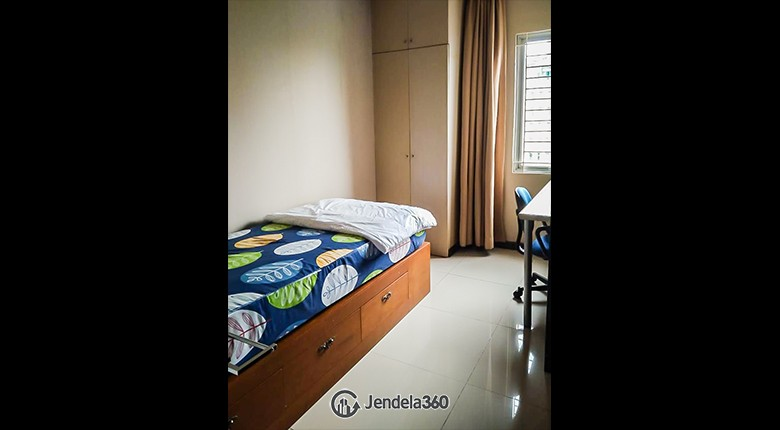 Bedroom 2 Cosmo Mansion - Thamrin City Apartment