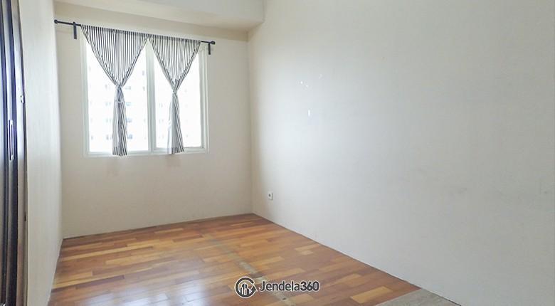 Bedroom 2 Apartemen Poins Square Apartment