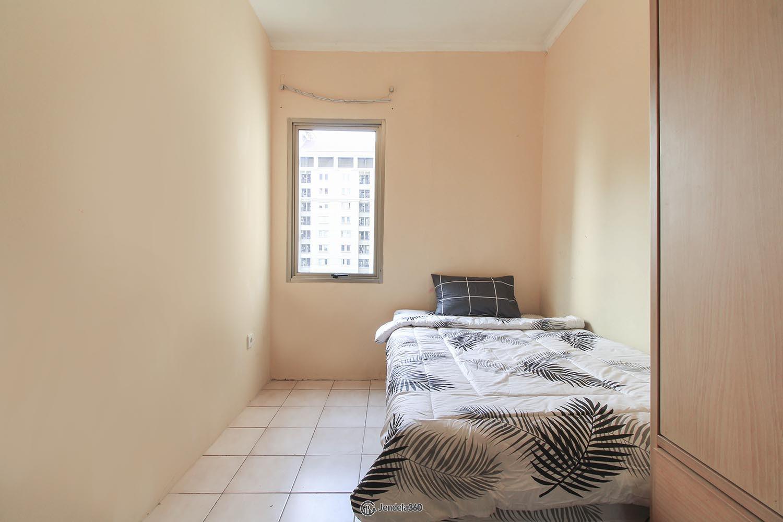 Bedroom 2 Apartemen Mediterania Garden Residence 1