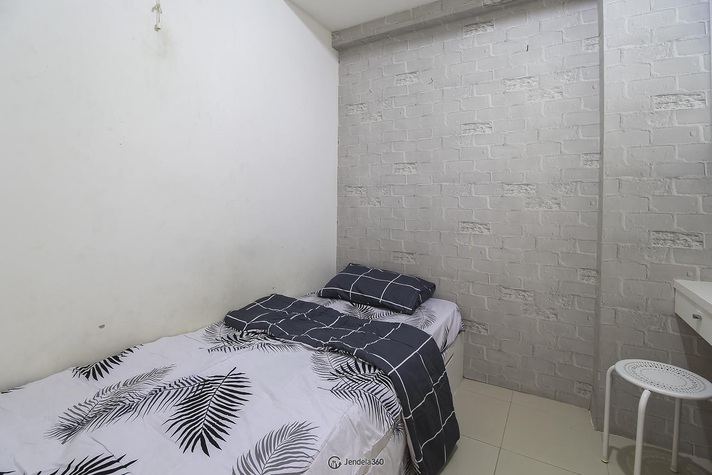 Bedroom 2 Bassura City Apartment